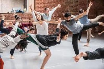 Medium dance