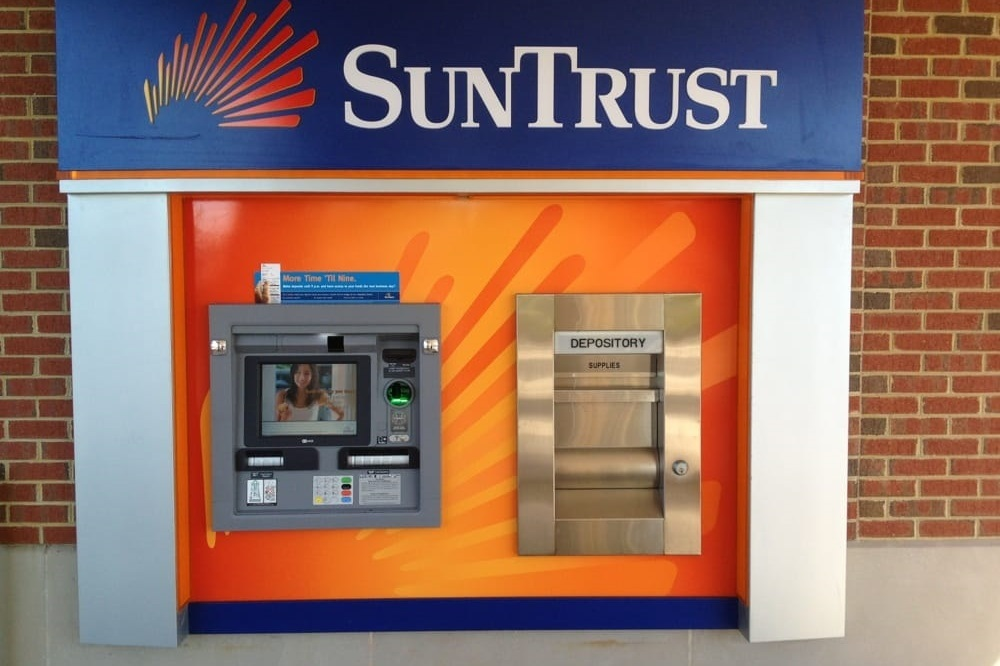 The 16 ATMs in the Atlanta airport will be an added number to the 60 SunTrust Banks ATMs in Atlanta