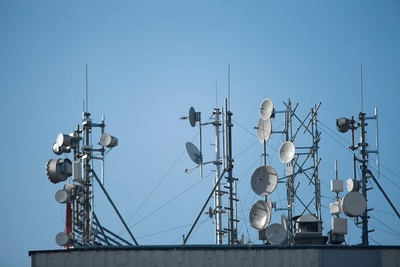 Medium radio transmitter