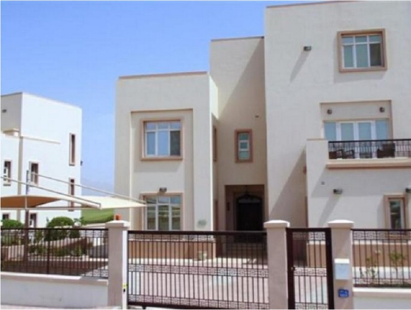 A five bedroom villa is available in Muscat Hills