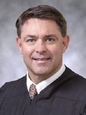 Judgescalesfromcourtwebsite300x400