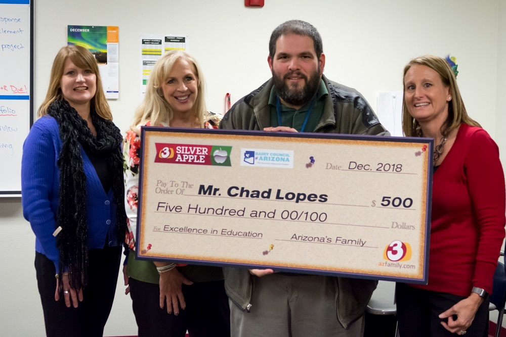 DYSART UNIFIED SCHOOL DISTRICT: DHS teacher wins Silver