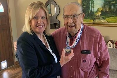 Georgia State Senator Renee Unterman with World War II veteran and longtime Gwinnett County Commissioner Maron Buice