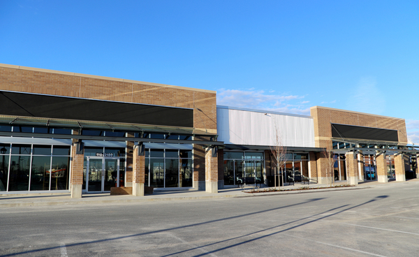 Shopping centers are closing