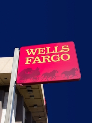 Large wellsfargo