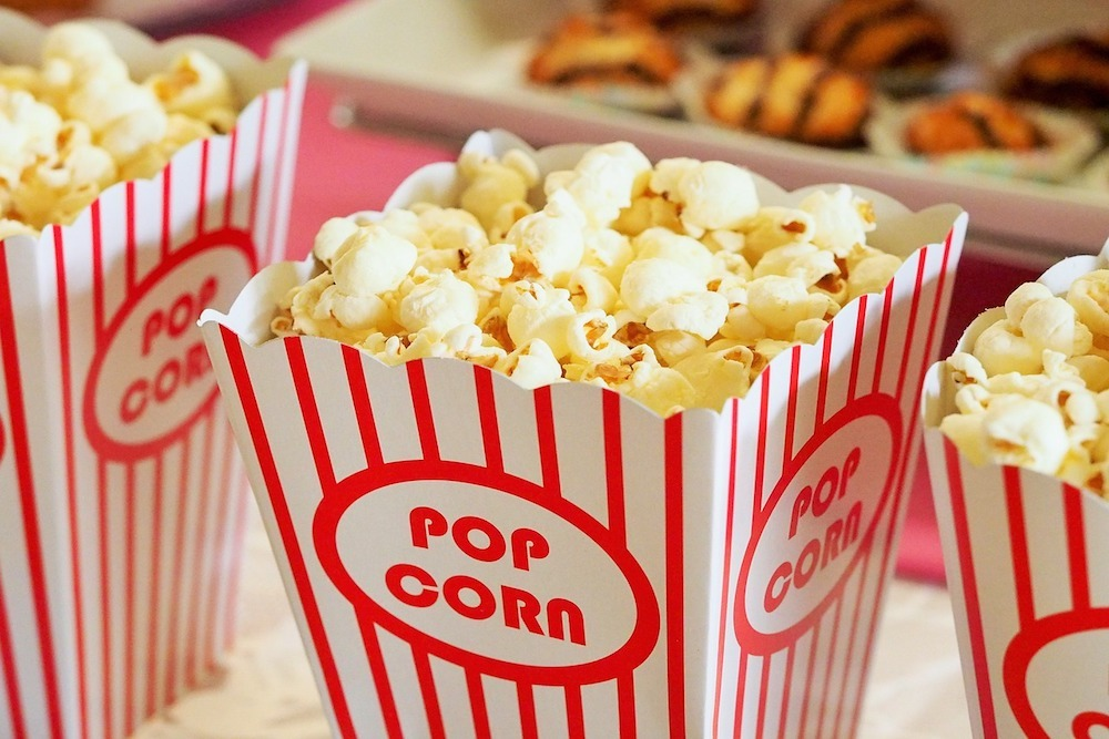 Show Low city government invites residents to public movie night.