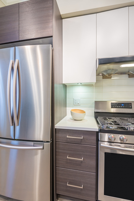 Keeping stainless steel bright and shiny makes the kitchen look cleaner.