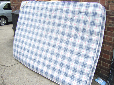 Unfortunately, it is extremely difficult to thoroughly clean an old mattress.