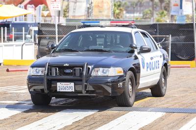 Medium police 08