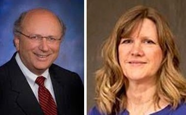 Lewis & Clark president Chapman and board member Julie Johnson