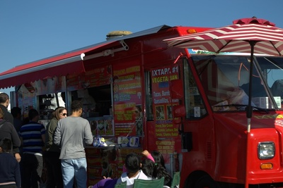 Medium food truck