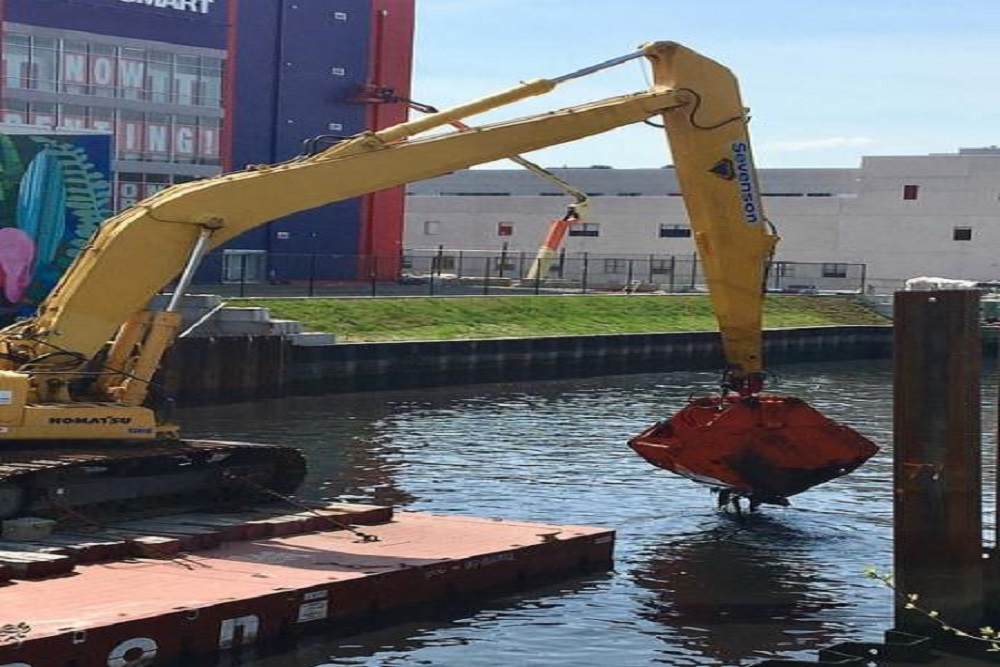 Gowanus Canal dredging and capping pilot project
