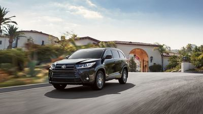The 2018 Highlander offers a Toyota Safety Sense System.