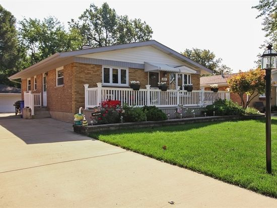 The home for sale at 805 Sunnyside Ave. in Thorton had a property tax bill of $2,891 in 2016.
