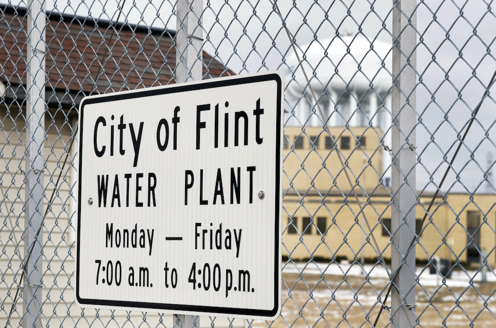 Flint residents given green light to sue Michigan officials over water crisis - Legal Newsline