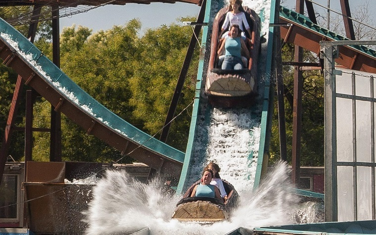 Six Flags plans to open a theme park in Oaxtepec, Mexico. next year.