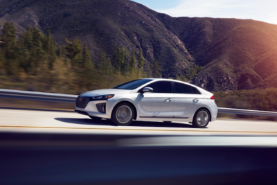 Hyundai Ioniq achieves stunning mileage and reliable performance.
