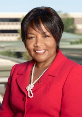 Former University of Illinois – Chicago Chancellor Paula Allen-Meares