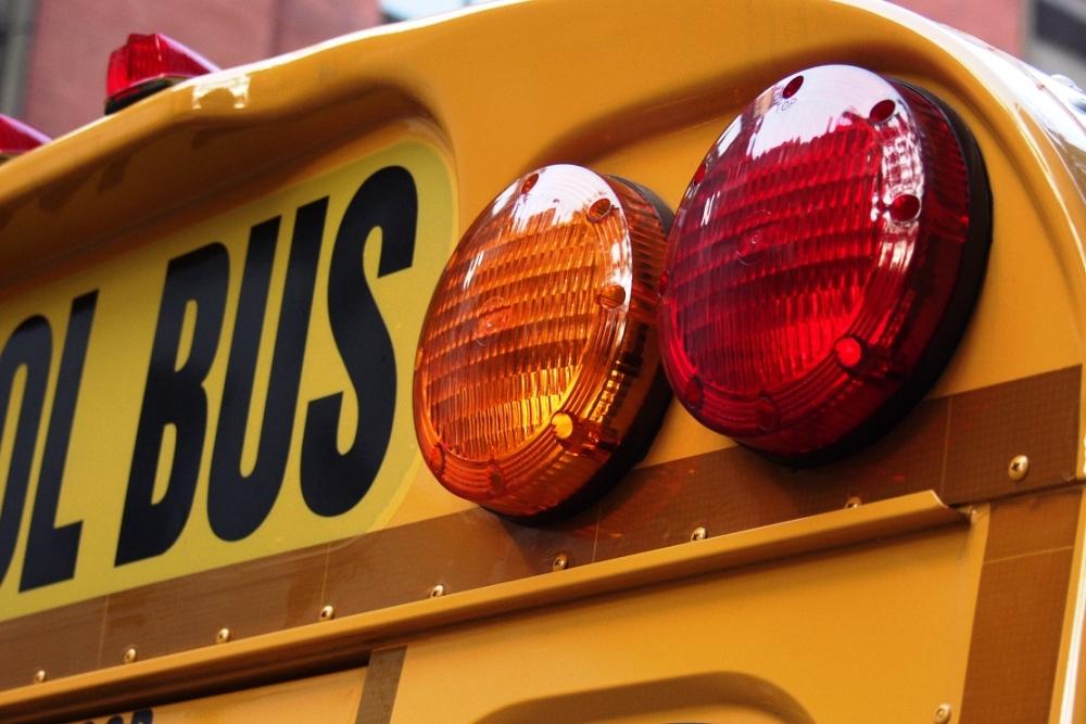 Schoolbus 1000x667