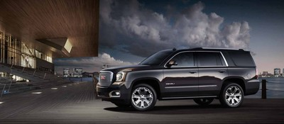 The 2016 Yukon has aerodynamic proportions, premium accents and a refined finish.
