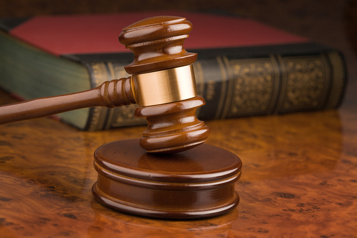 Wife sues over husband's asbestos-related death ...