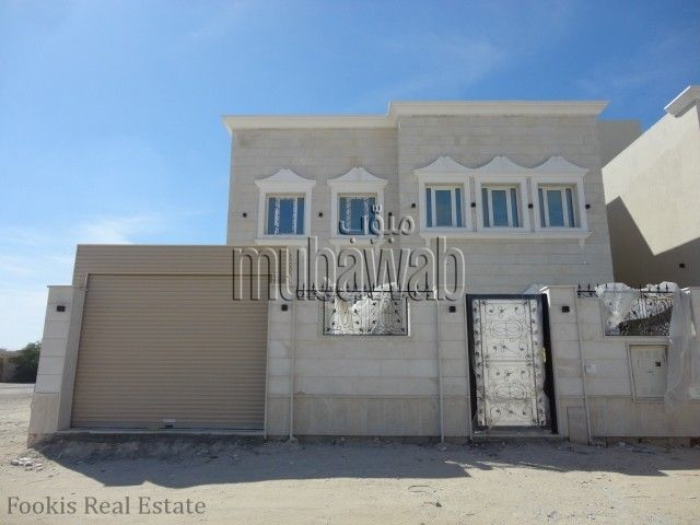 Stand alone villa available in Muraikh