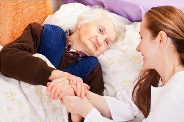Large elderlywomanpatient760