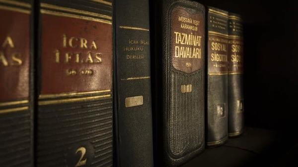 Large lawbooks
