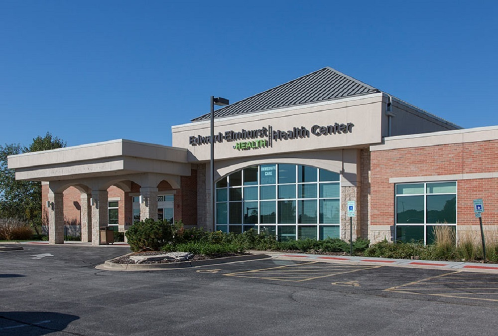 The facility serves as medical office space and includes 10 exam rooms.