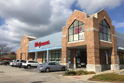 Medium walgreens boots alliance retail pharmacy usa walgreens drugstore 1000x667