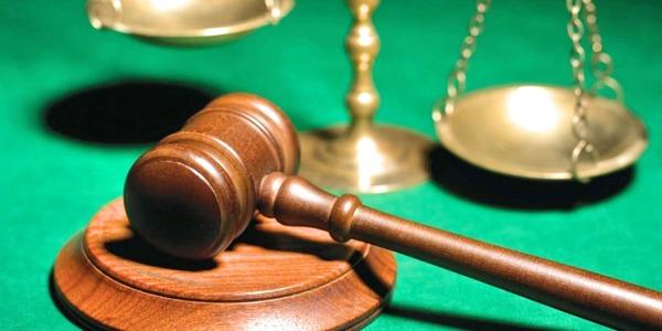 Large courtgavel7