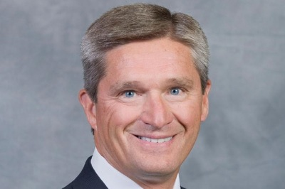 Mark Bowser's 30 years of experience includes working in a variety of areas for several Fortune 500 companies.