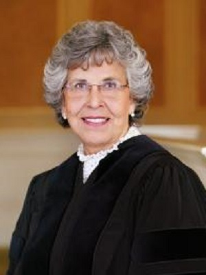 Large justicehartfromcourtwebsite300x400