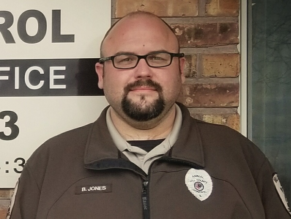 Will County Animal Control Officer Bryan Jones