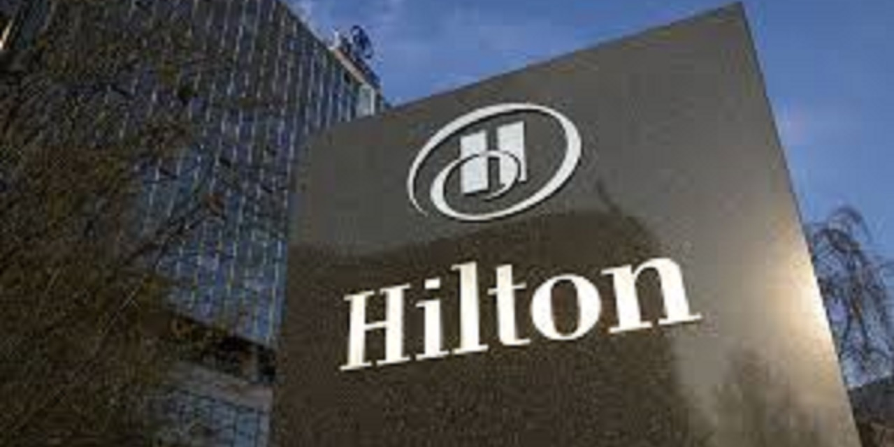 Lawsuit alleging Hilton pool lifeguard was on her phone
