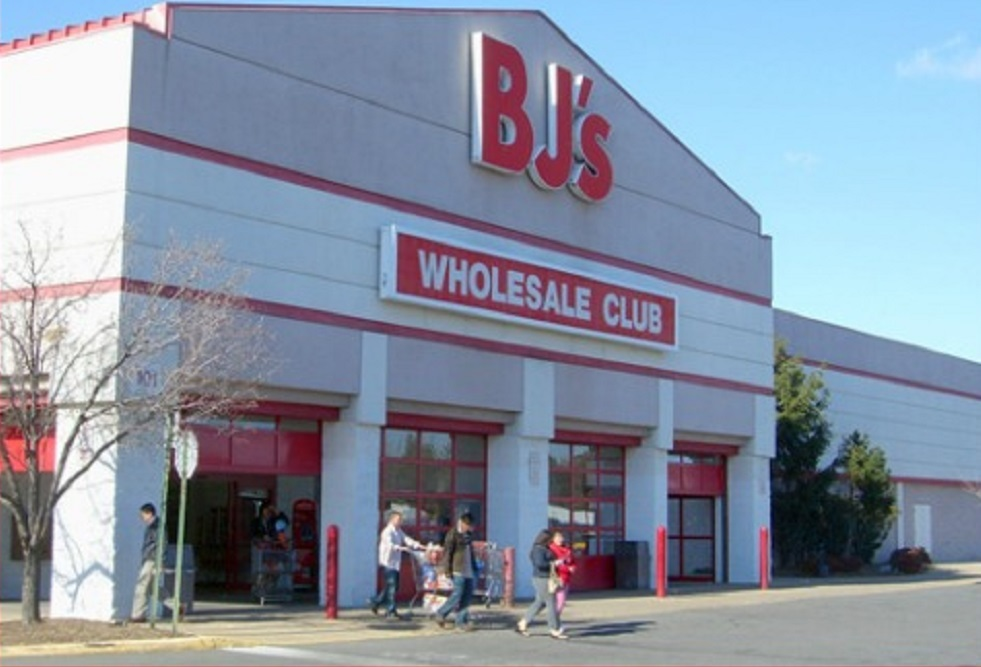 BJ's Wholesale Club has opened its newstore in Summerville.