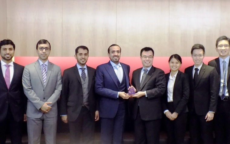 The Supreme Legislation Committee recently hosted Singapore officials in Dubai.