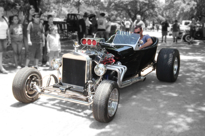 The Cops and Rodders car show and fundraiser is returning for its second year in Austin.
