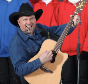 Garth brooks at we are one (edit)