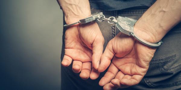 Large handcuffs1280