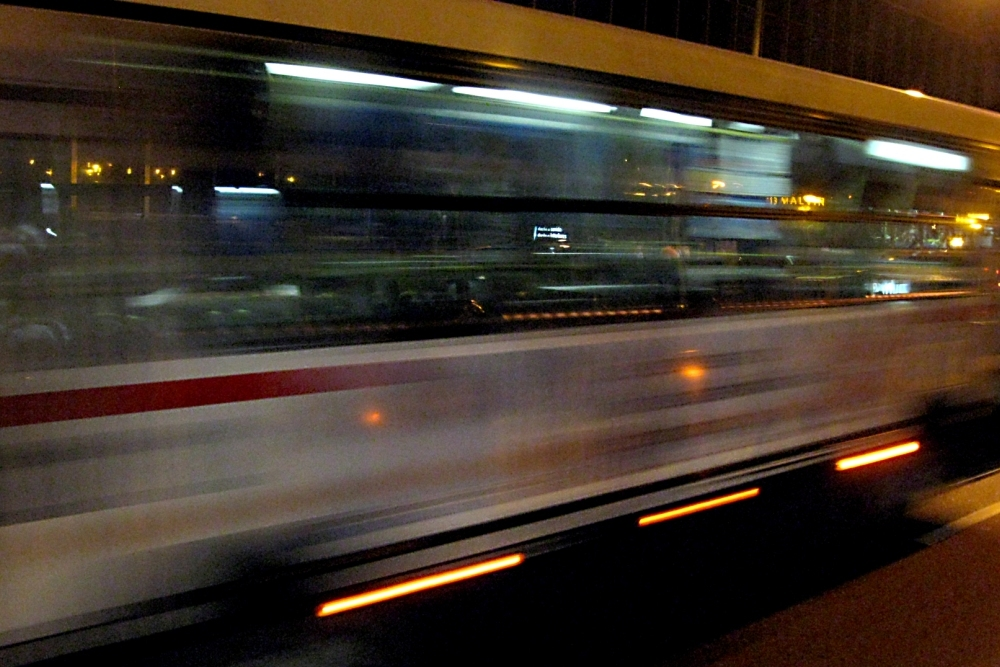 Bloomington revises shuttle, taxi downtown traffic patterns