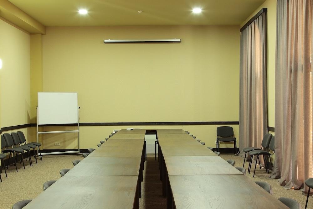 Meeting 05
