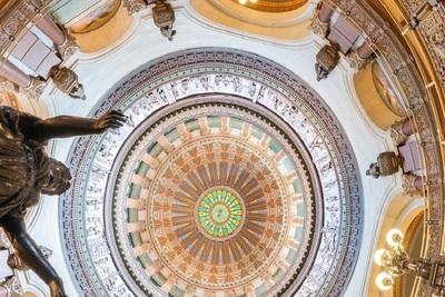 Medium springfield capitol dome statue