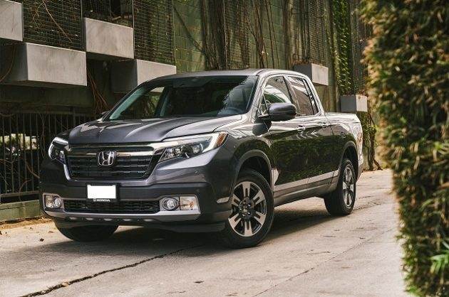 The 2019 Ridgeline's bed has a length of 64 inches and a width of 60 inches.