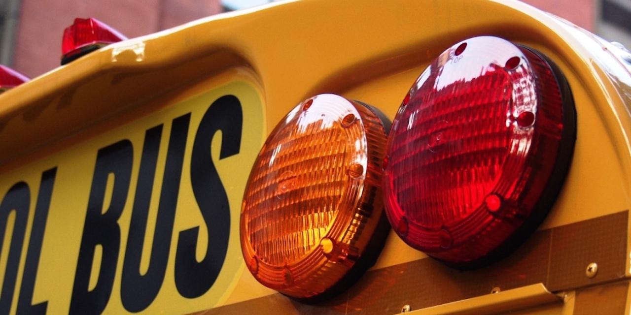 Schoolbus 1280