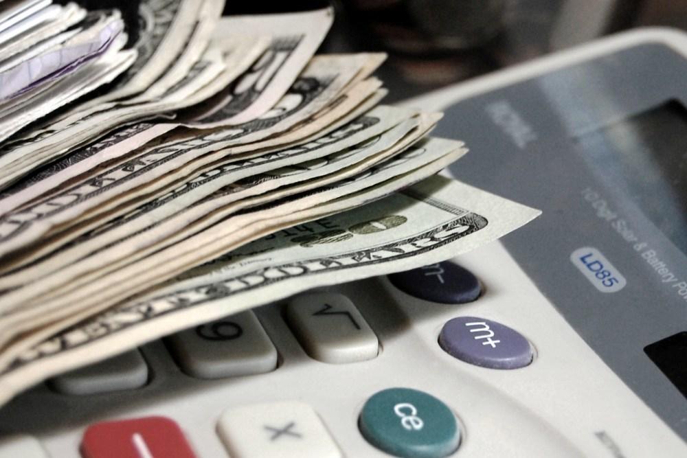 Budgeting 1000x667