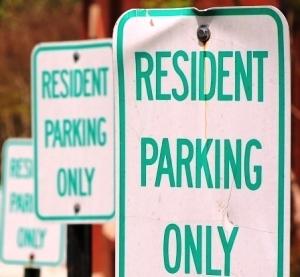 Medium residentparking