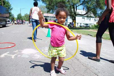 Medium playstreets week hulahoop