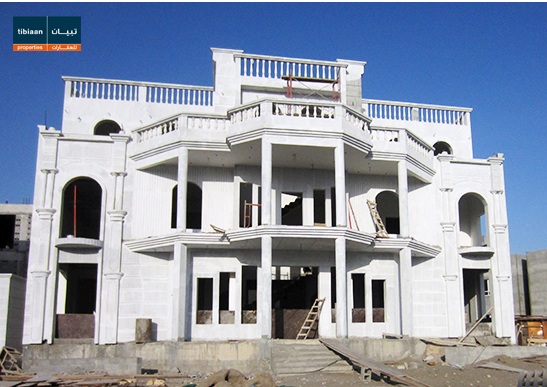 A five bedrom villa is available in Al Khoud