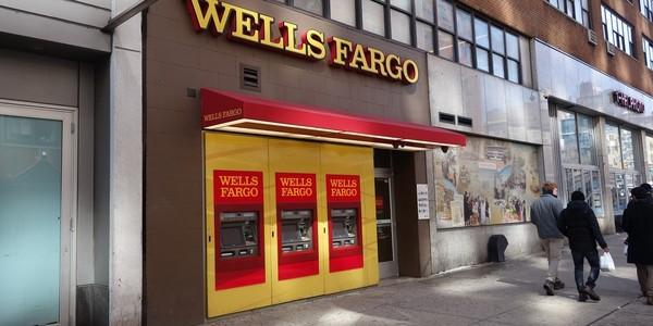 Large wells fargo atms ny
